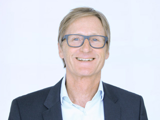 Frank-Schuppin-Augenoptiker-Meister-Stuttgart